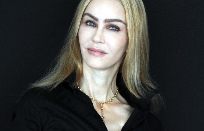 Wendy J Bednarz